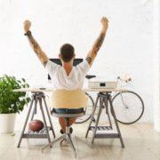 Práce na doma – jak se vydělává poskytováním mikroslužeb?
