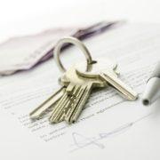 Co vše by měla zahrnovat kupní smlouva na nemovitost