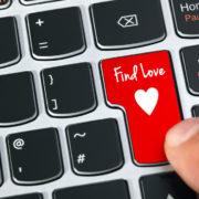 Internetové seznamky – vážný vztah i nezávazný flirt