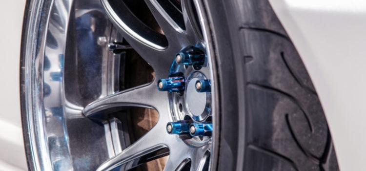 Praktické doplňky i lepší vzhled vašeho vozu? Podívejte se na naše tipy!